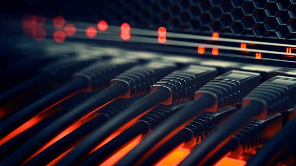 126849 network computer switch wire data center شبکه Active و شبکه passive چیست و چه تفاوت هایی با هم دارند؟